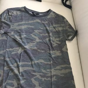 Tops - 3 for $15 🌸🌺 camo T-shirt